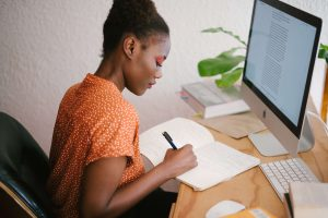 Women in front of her computer