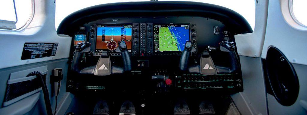 Cockpit | Spartan Tulsa Flight School