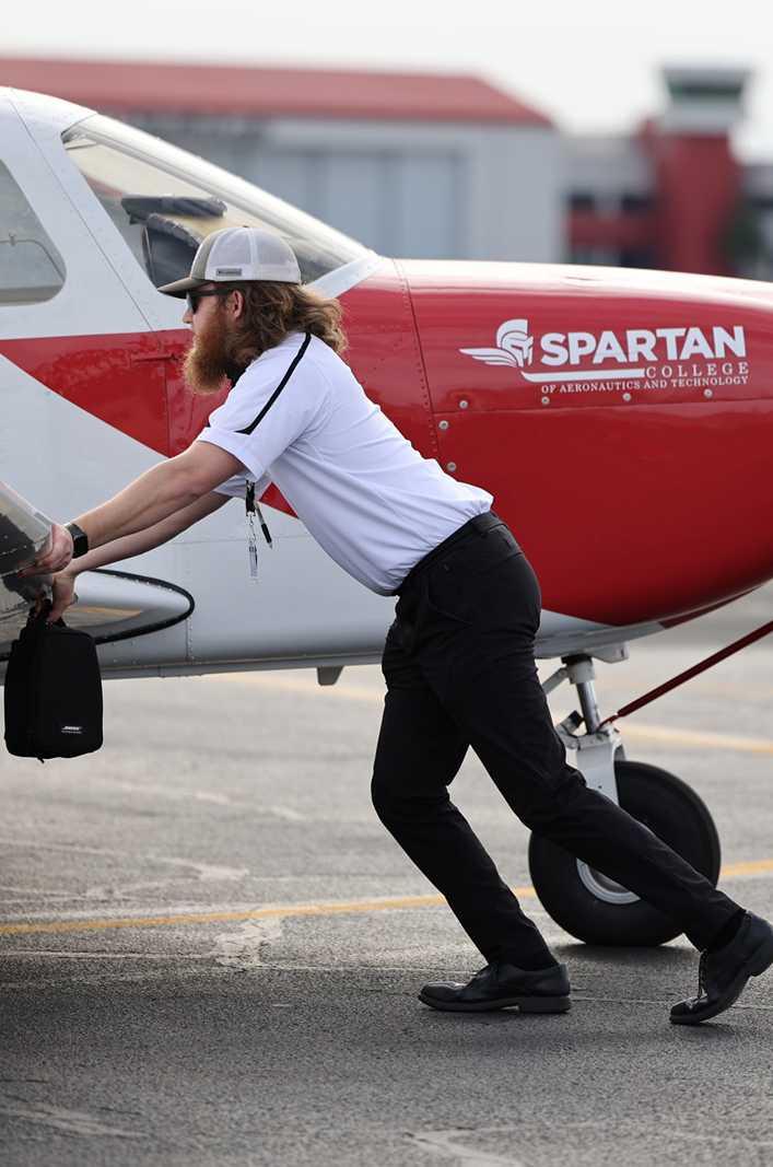 Flight CFI Getting planes ready
